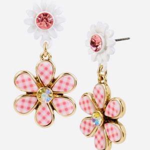 New Betsey Johnson Picnic Flower Drop Earrings